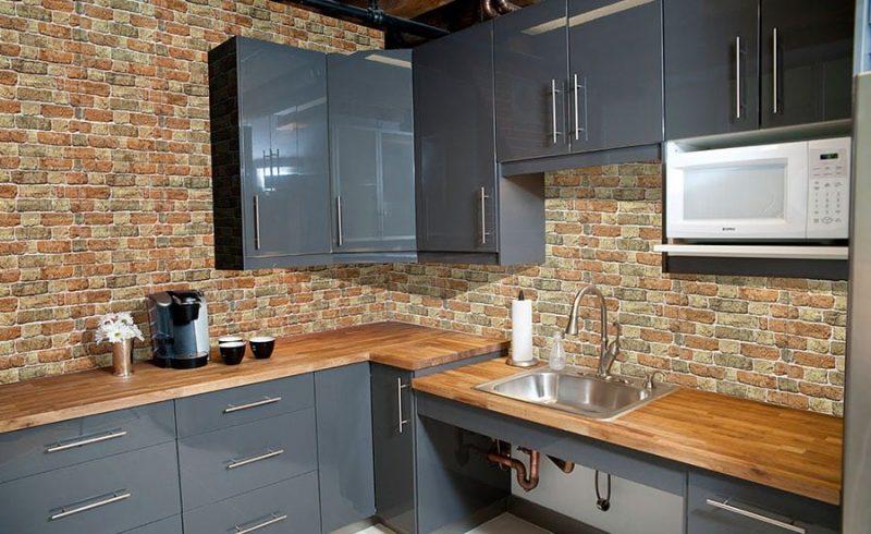 Dinding Dapur  Semakin Cozy Dengan Keramik Batu Alam